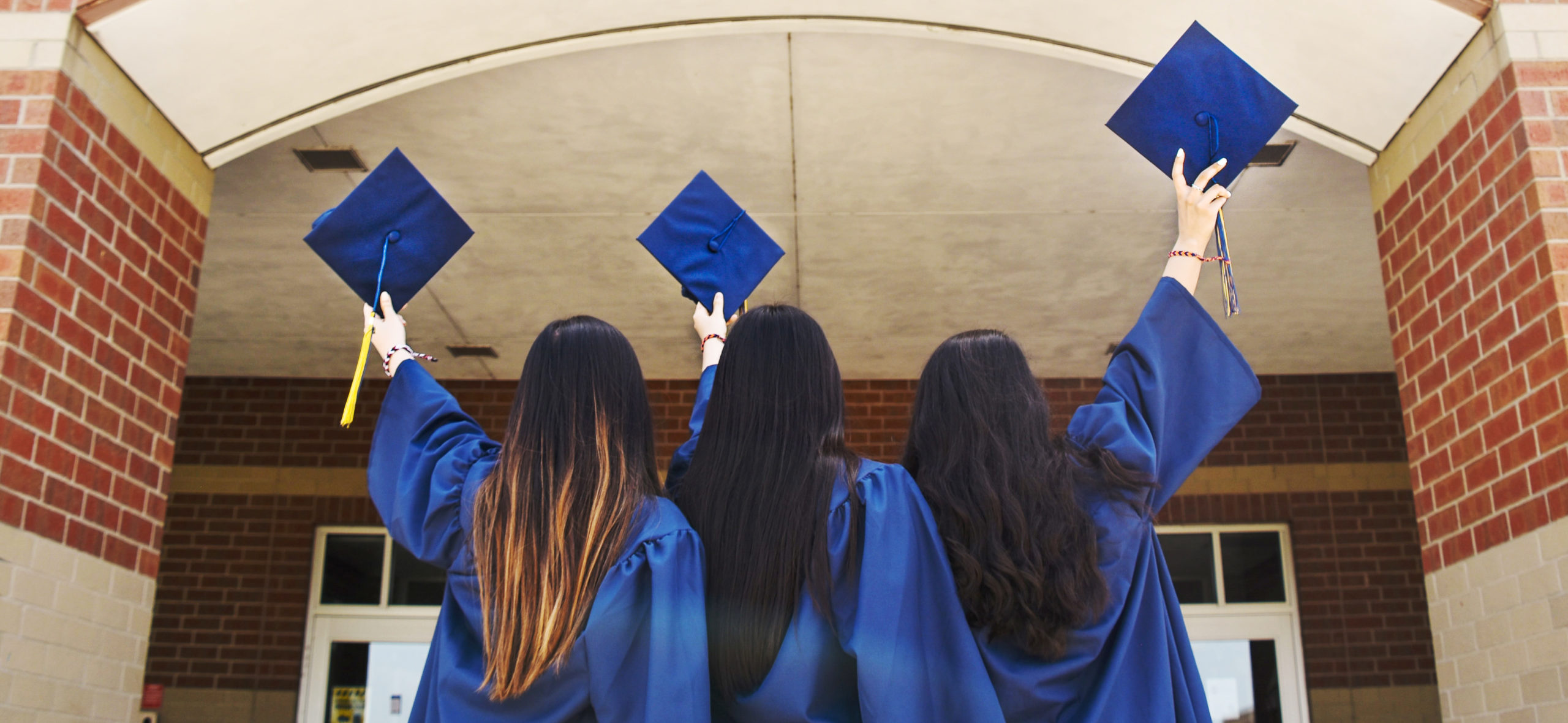 girls graduating